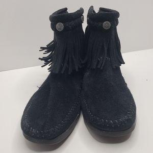 Minnetonka suede black fringe booties in size 7